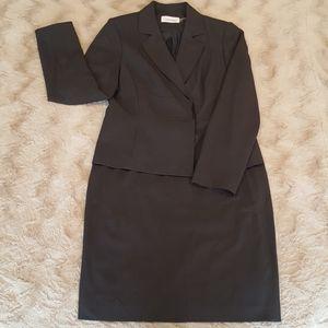 Calvin Klein charcoal gray skirt-jacket suit sz 12